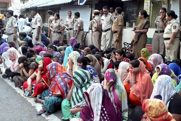 Sex Workers Stage Protest Against Police In Nagpur Over Sealing Red-Light  Area