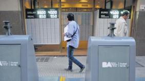 """Resultado de imagen para financial times """"Mercados emergentes: Argentina cruje bajo un estrés extremo"""""""