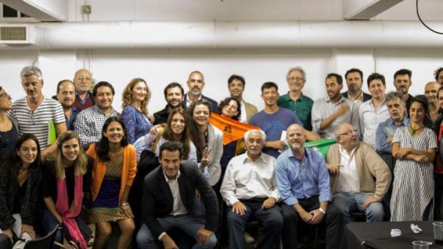 Agenda Argentina busca contribuir a la unidad para enfrentar al gobierno de Cambiemos.