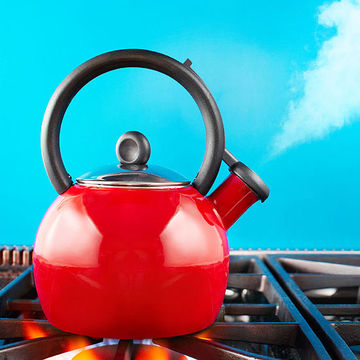 tea pot steaming