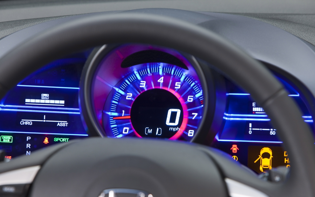 how to clean car instrument cluster