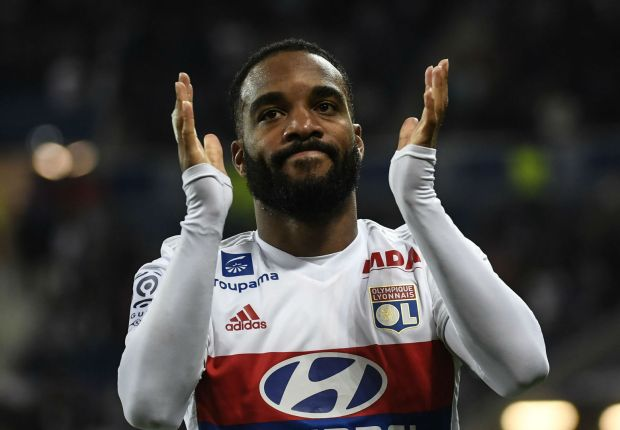 Lacazette hailed as Arsenal's new Ian Wright by Houllier after £46m move