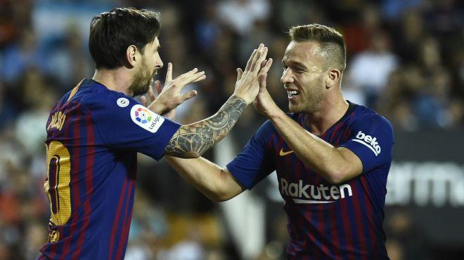 Lionel Messi Arthur Barcelona Valencia La Liga 07102018
