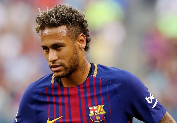 'Neymar doesn't know what to do' - Pique offers advice amid PSG transfer poser