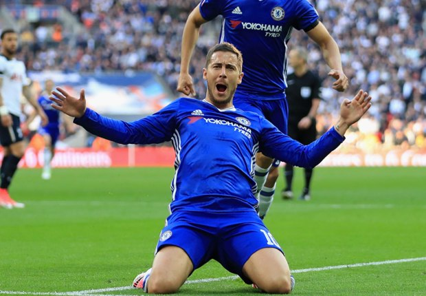 'He wants to play for Chelsea' - Conte quashes Hazard to Barcelona rumours