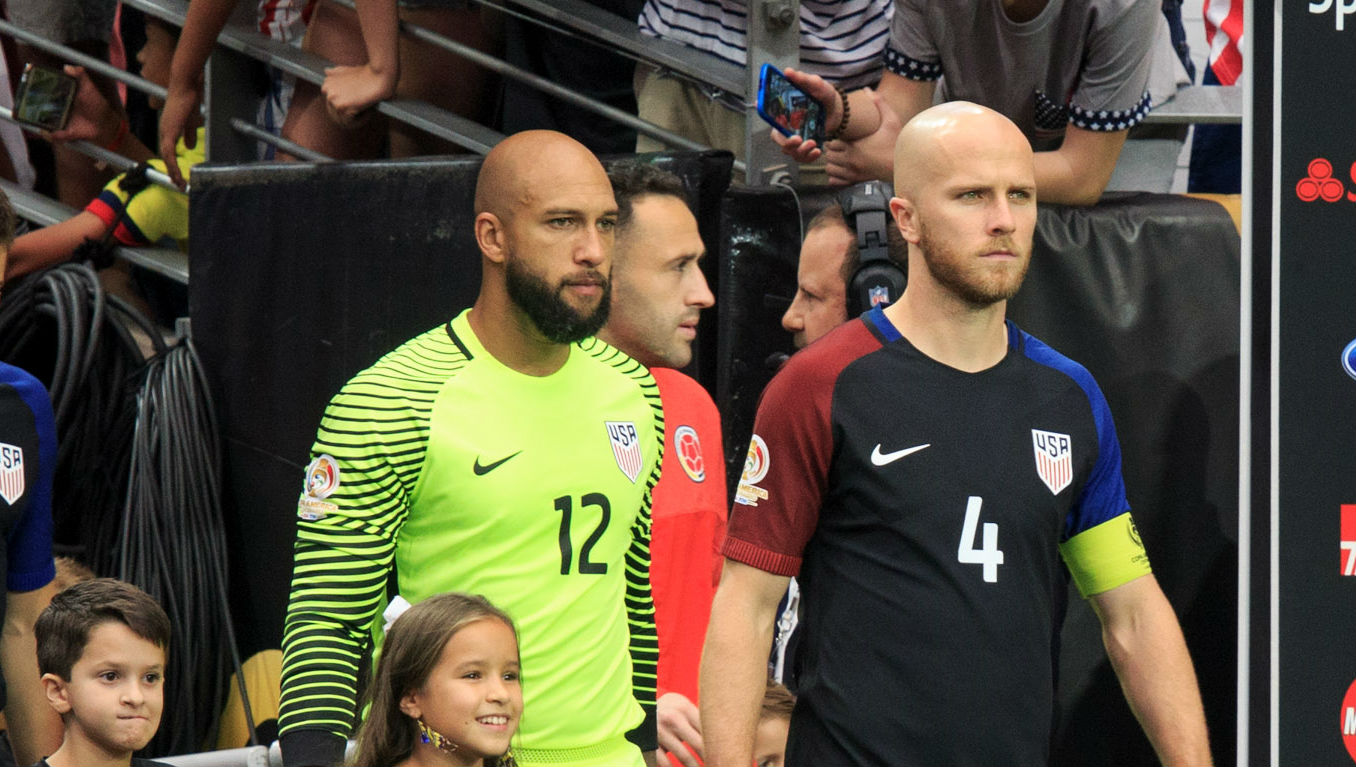 Tim Howard Michael Bradley USA