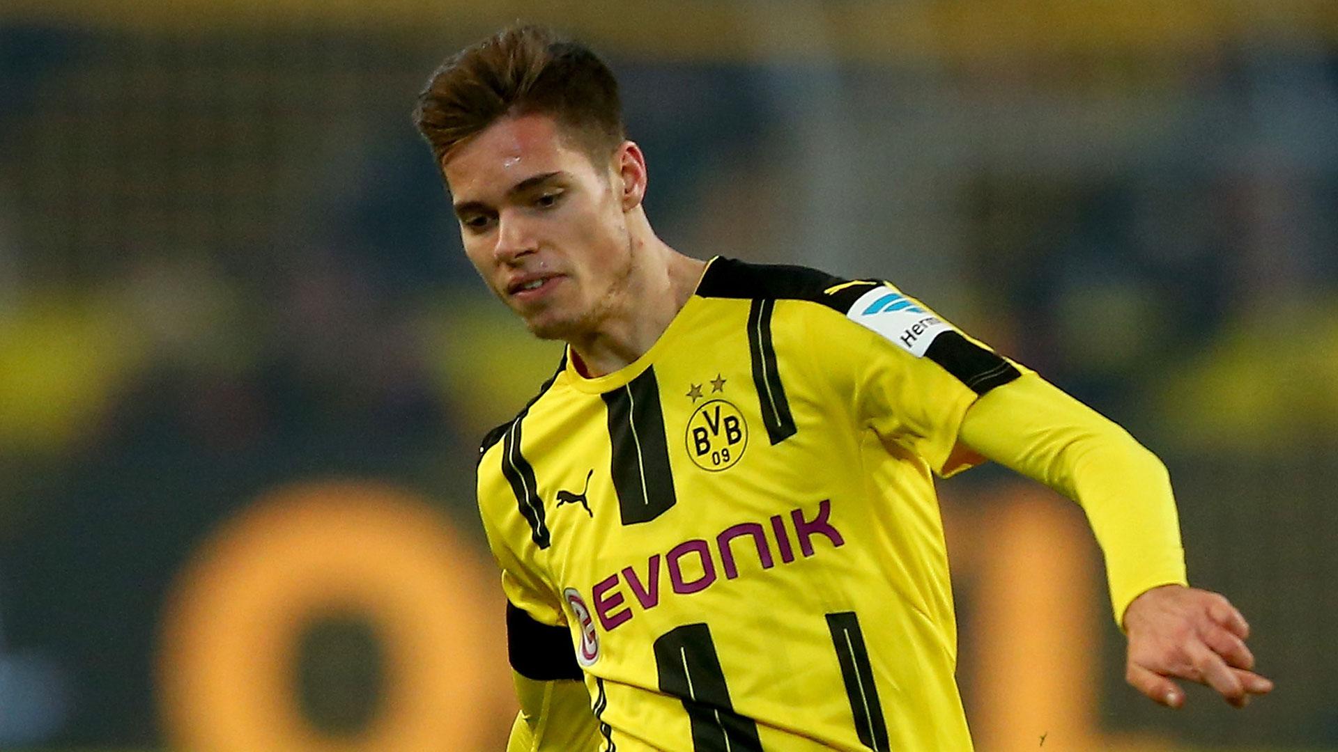 Empresários oferecem jovem do Borussia Dortmund ao Real Madrid, diz jornal