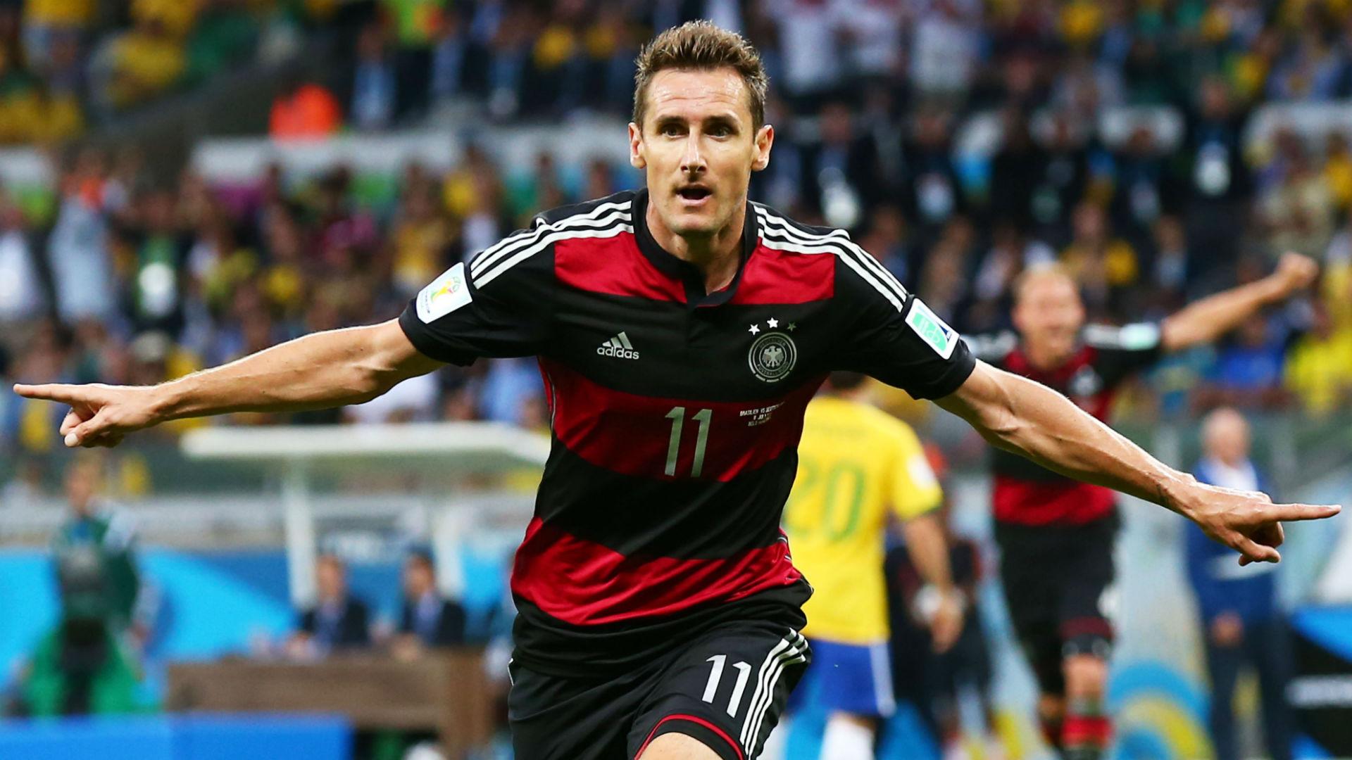 Klose foi algoz do Brasil na Copa do Mundo