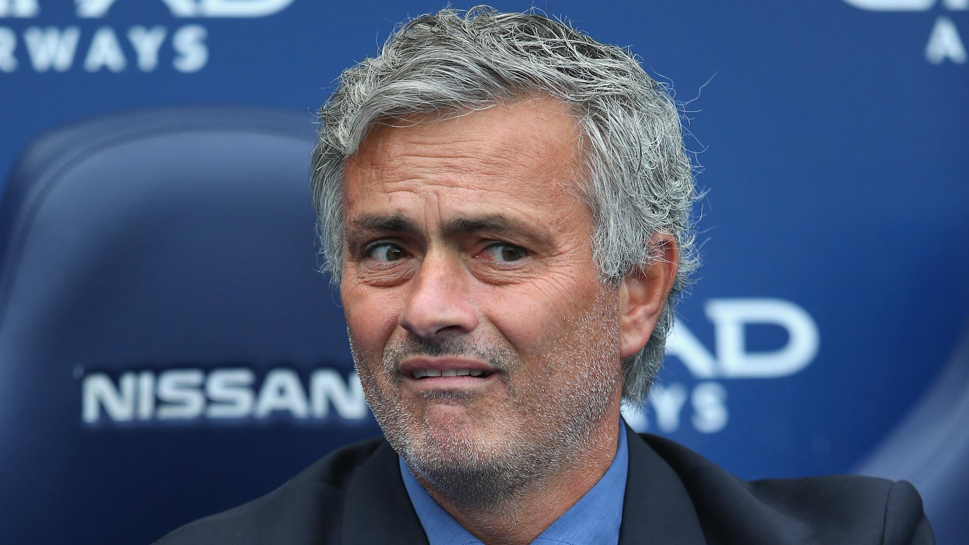 Mourinho esnoba seu ex-jogador
