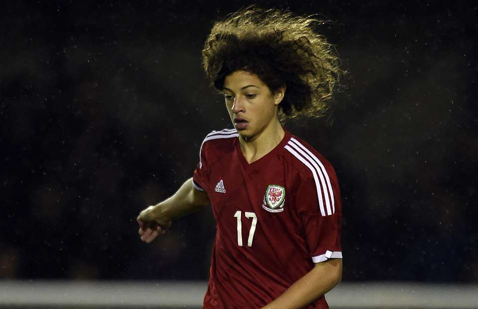 Chelsea express interest in youngster Ampadu of Ghanaian descent