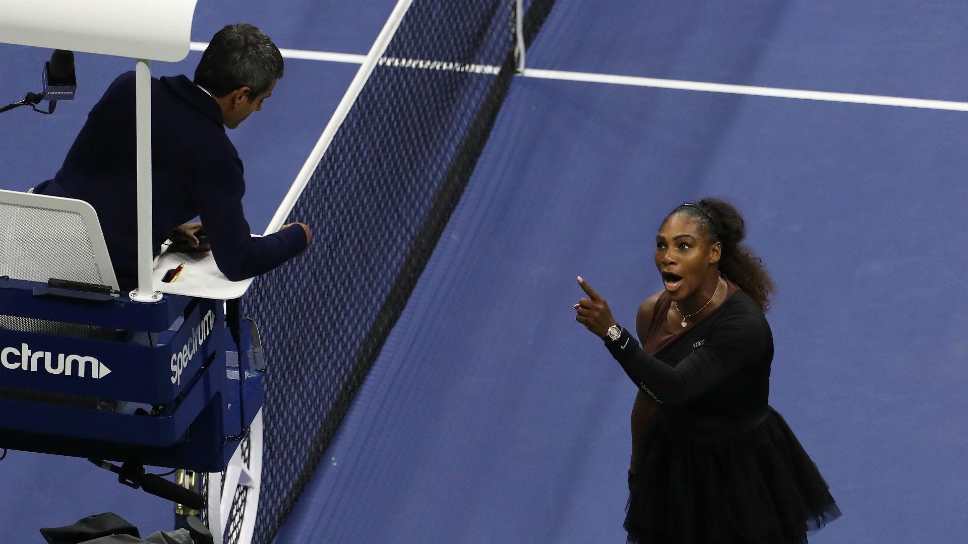 Carlos Ramos Serena Williams - cropped