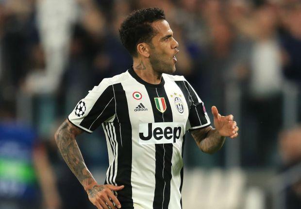 Juventus confirm imminent Dani Alves exit as Man City move nears