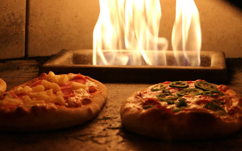 two-pizza-in-a-stove