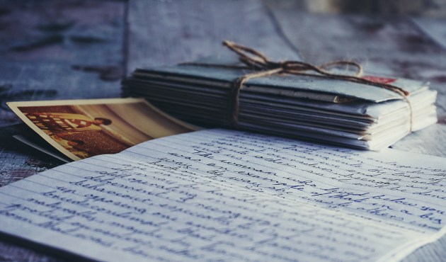 Handwritten letters or notes is included in the list of top 10 gift ideas that will swoon your partner