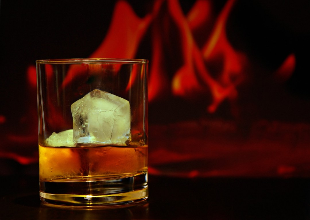 crown royal glass of whisky