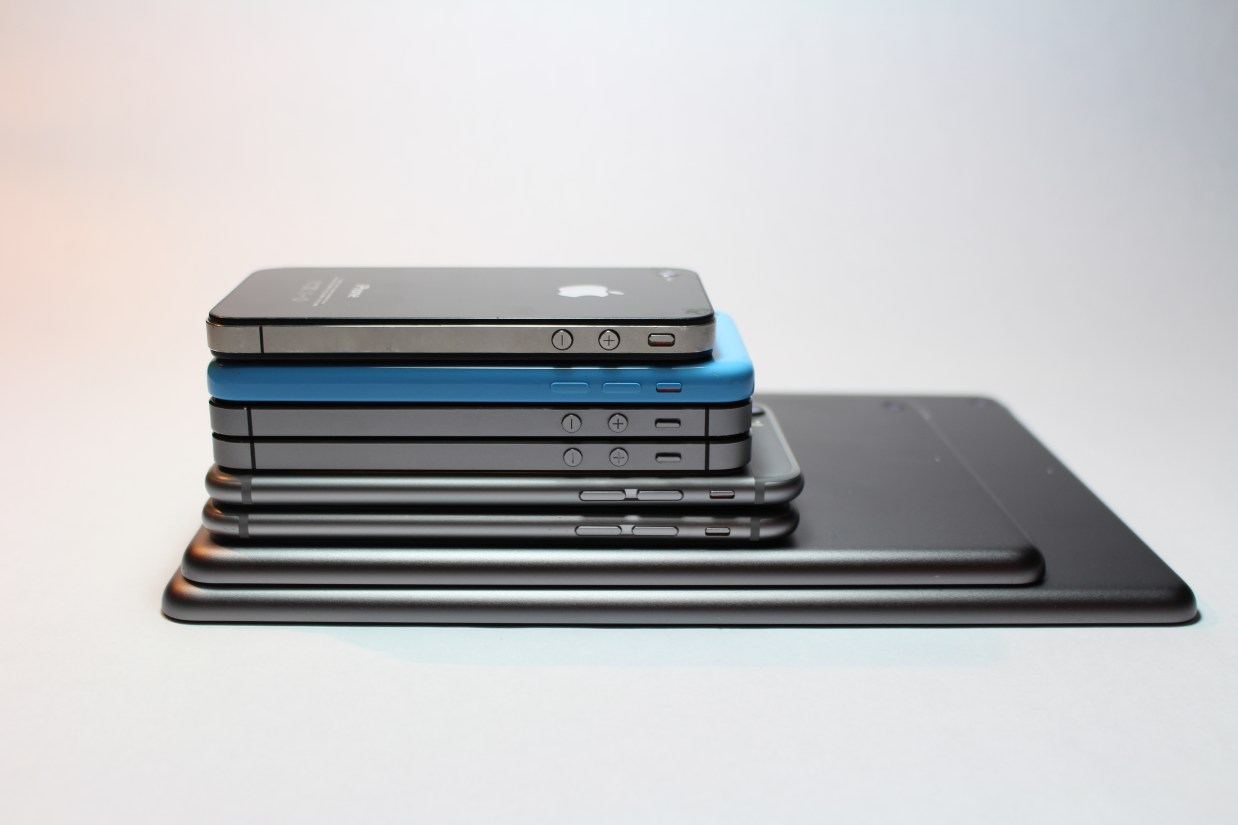 Free stock photo of iphone, technology, ipad, stacked