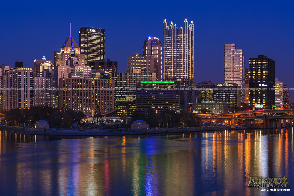 Pittsburgh skyline at dusk on Light Up Night