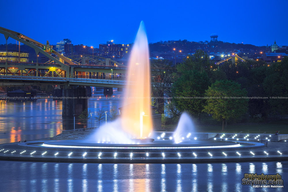 The fountain illuminated at Point State Park