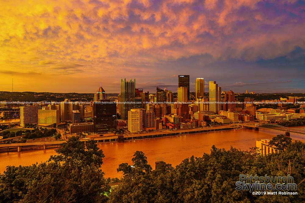 Golden Sunset and the Golden Triangle of Pittsburgh 2019