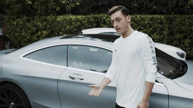 Mesut Ozil is the 9th richest footballers in the world in 2021