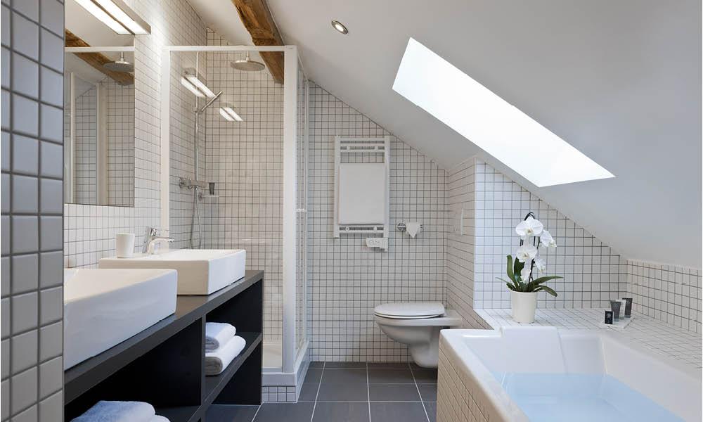 salle de bains sous pente