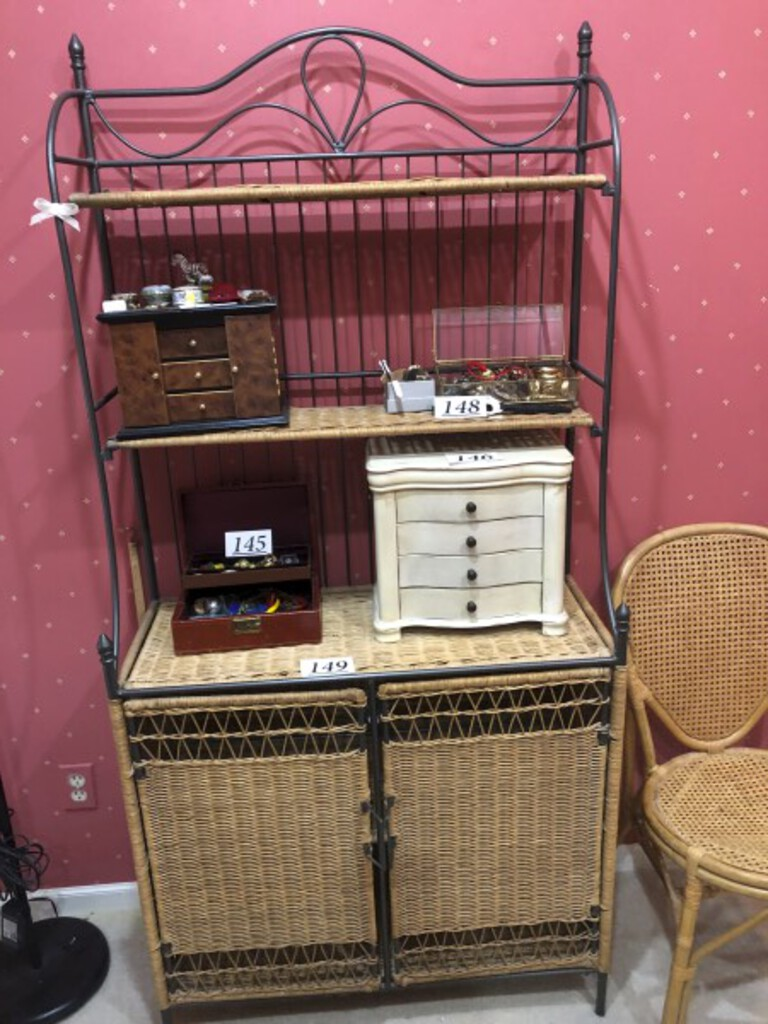 wicker bakers rack and wicker chair