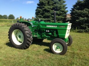 OLIVER 1365 TRACTOR | Auctions Online | Proxibid