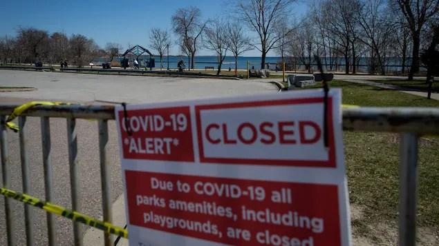COVID-19: plus de 30000 cas en Ontario, les décrets d'urgence prolongés