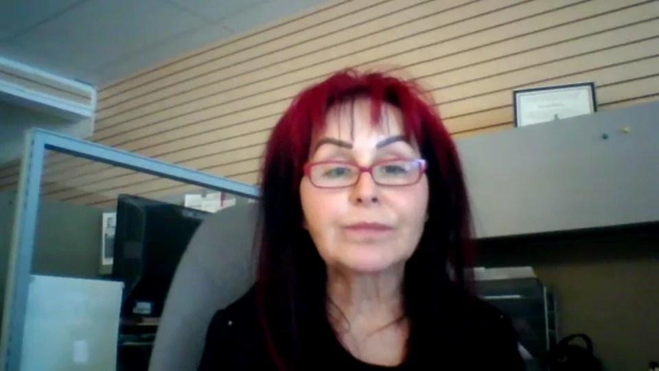 Andrea Ducharme durante una entrevista por videoconferencia.