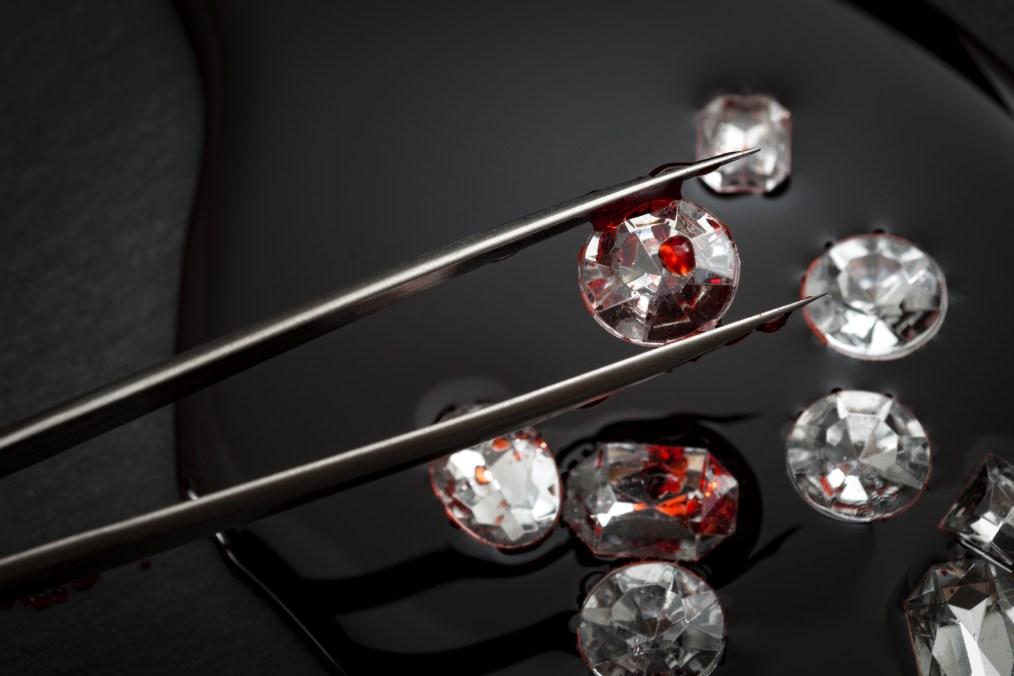 Diamonds with tweasers