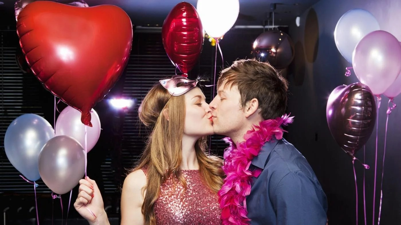 What Are Some Ideas For Throwing A Valentines Day Party