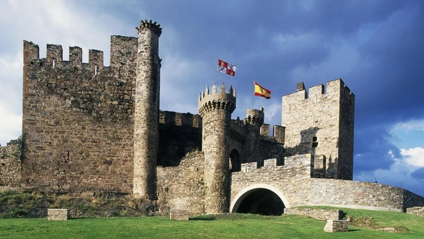 Who Lived In Castles In The Middle Ages