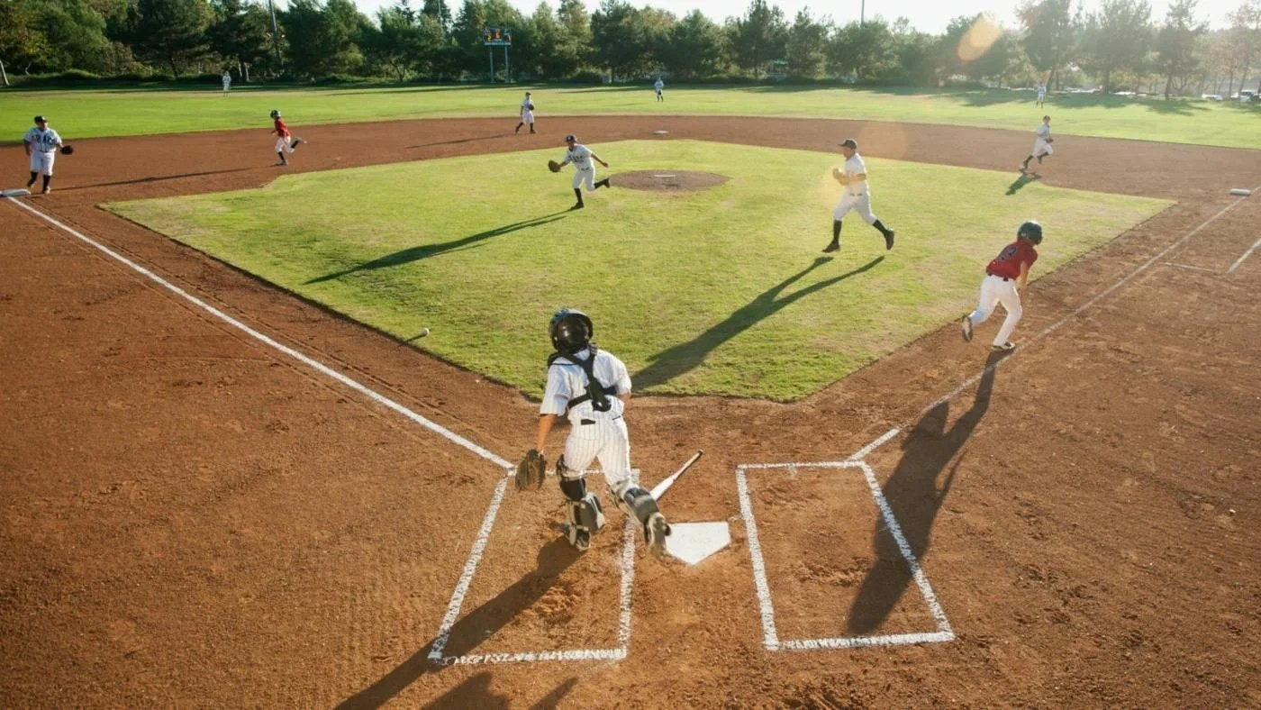 How Many Square Feet Does A Standard Baseball Field Measure