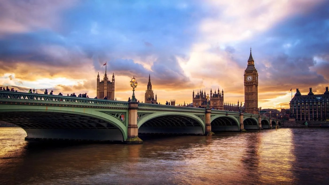 What Is The Name Of The River That Flows Through London