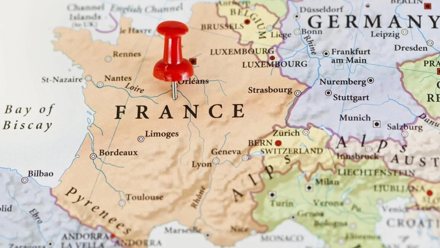What Is The Relative Location Of France