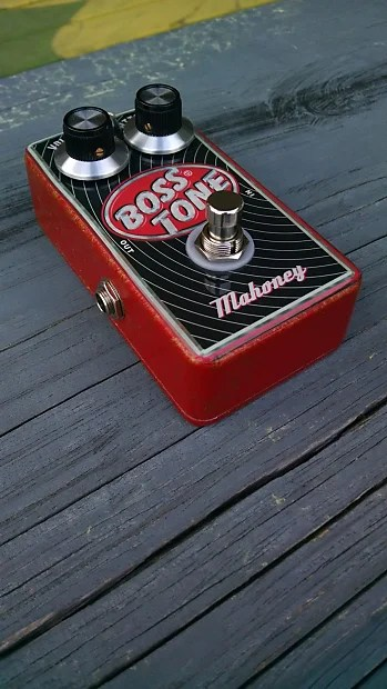 Mahoney Bosstone Fuzz Pedal Special Edition Red