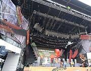 Il palco in piazza S. Giovanni (Jpeg)
