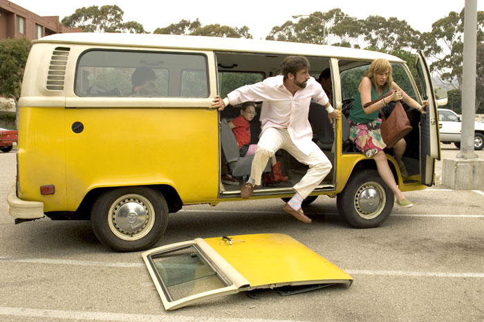 Little Miss Sunshine Movie Stills: Toni Collette, Steve Carell, Greg Kinnear, Jonathan Dayton, Valerie Faris