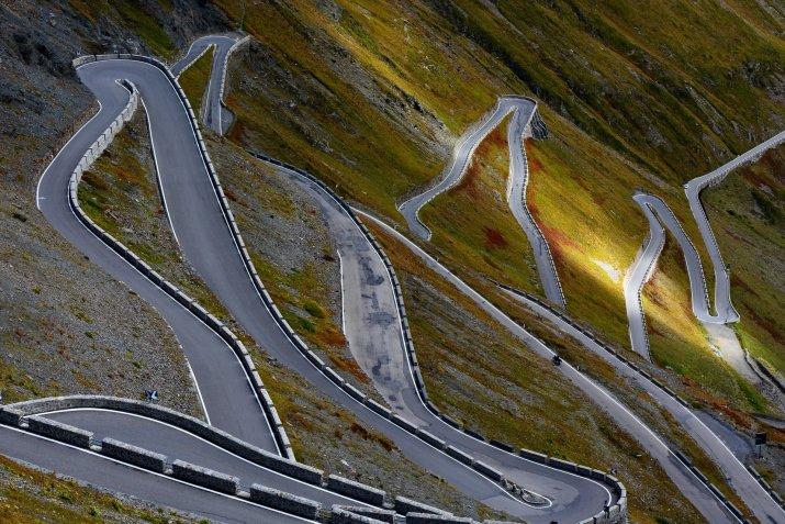 Best time for Stelvio Pass (Passo dello Stelvio) in Italy 2021