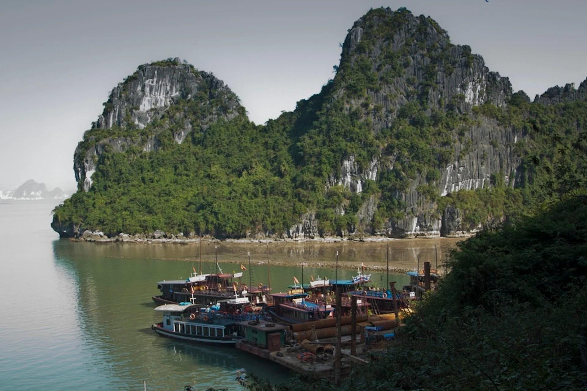 Best Time For Ha Long Bay In Vietnam