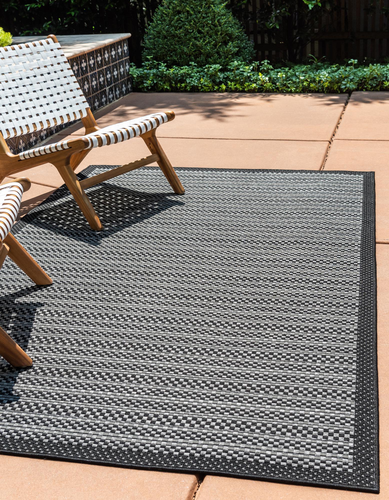 gray 7 x 10 outdoor border rug rugs com