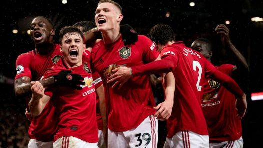 Manchester United v Manchester City Review: Martial and ...