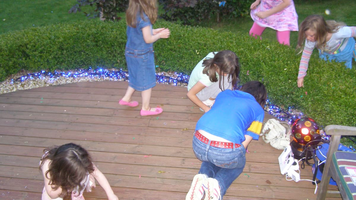 Ideas For Party Games For 10 To 14 Year Olds Wehavekids