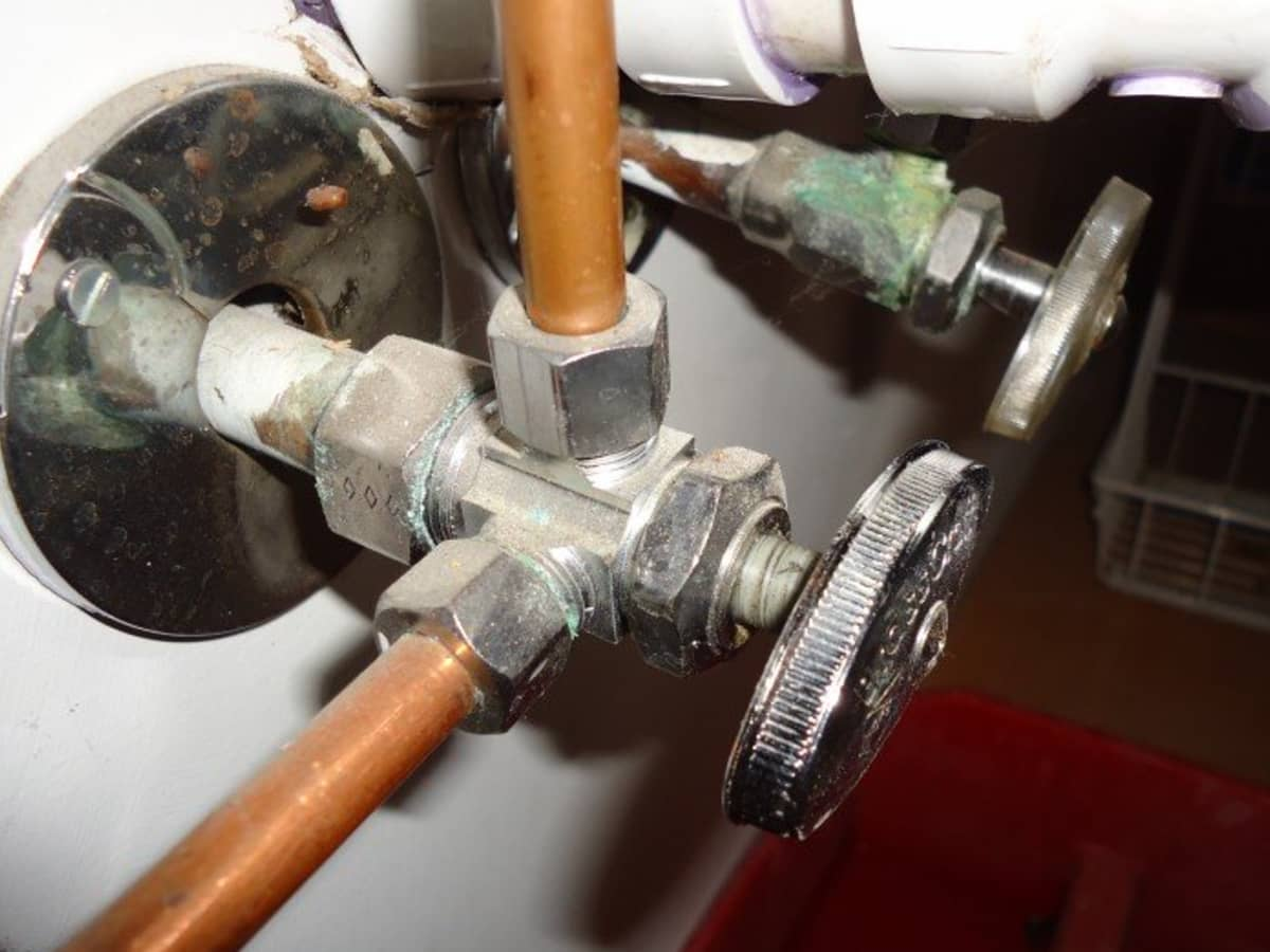 faucet supply line types and