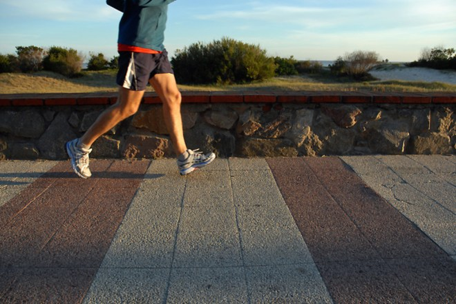 walking first thing in the morning boosts your metabolism - HEALTH AND FITNESS