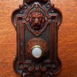 New Victorian Lion Electric Lighted Doorbell Button Ebay