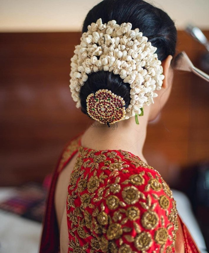 Hairstyles With Flowers Kerala: Indian Bridal Hairstyle With Crown