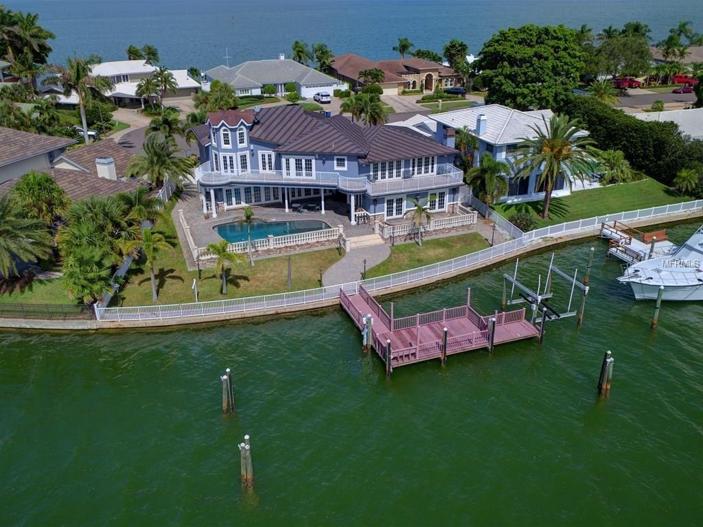 886 Harbor Island