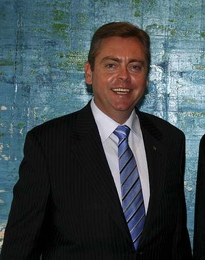 Anthony Roberts (MInister of Fair Trading) and Tim McKIbbin, CEO of the <a href=