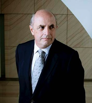 30 May 2012.  AFR.  The Hon. Peter Reith.<br /><br /><br /> Photograph by Arsineh Houspian.  +(61) 401 320 173.  arsineh@arsineh.com